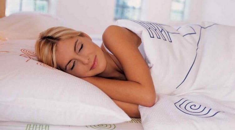 Огромную пользу приносит кедровый орех для женщин в лечении гинекологических заболеваний.