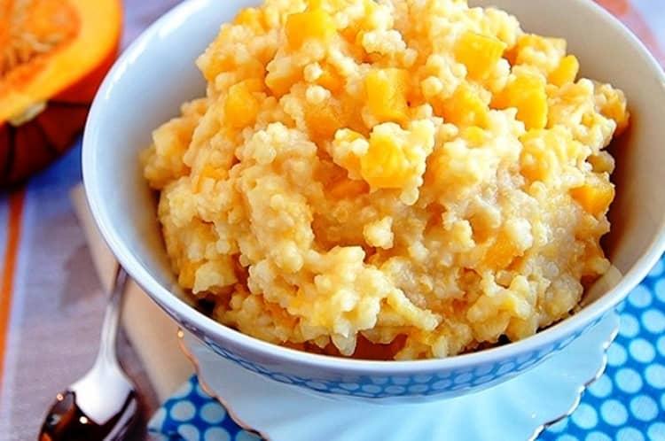 В меню полезно будет также включить овощи, например, рисовую кашу можно приготовить с тыквой.