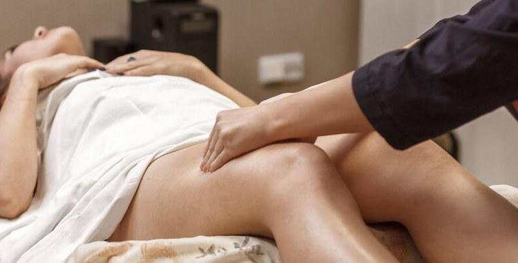 В этот период полезно будет делать также массаж, посещать сауну.