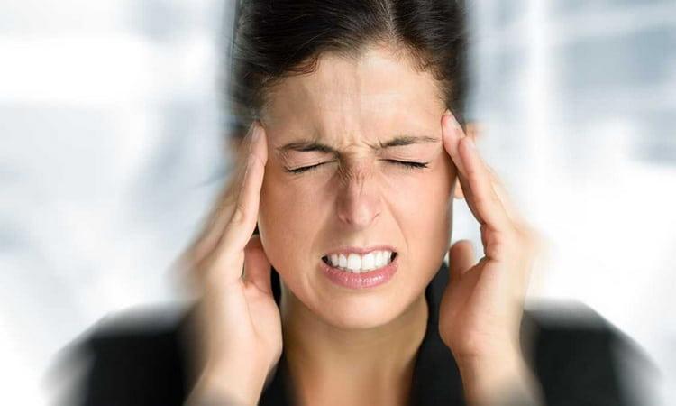 Растение используется для лечения мигреней и головных болей.