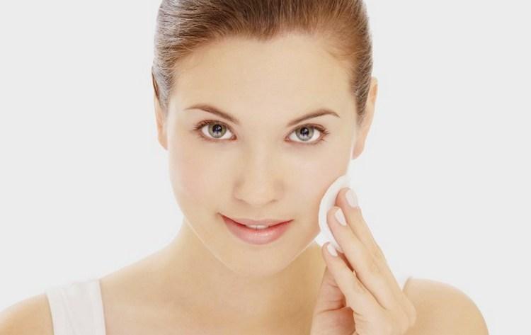 Лечебные свойства ирисов позволяют использовать растение в косметологии.