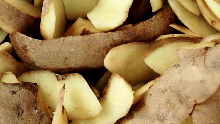 картофель от слоения ногтей на руках