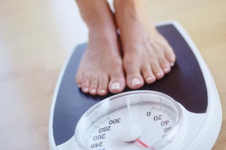 Как нормализировать вес при помощи плодов рабутана
