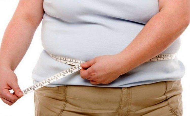 Миома матки может быть спровоцирована гормональными сбоями, ожирением.