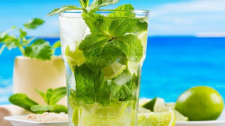 используется этот сахар и в приготовлении знаменитого коктейля мохито.
