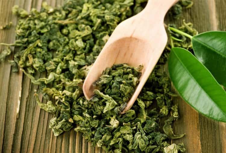 Узнайте, в чем польза и вред зеленого чая для женщин и для мужчин