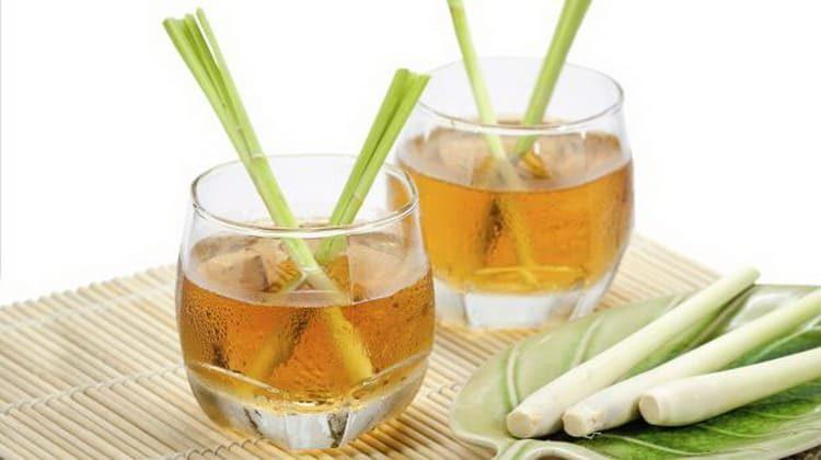 Использование сока лимонной травы.