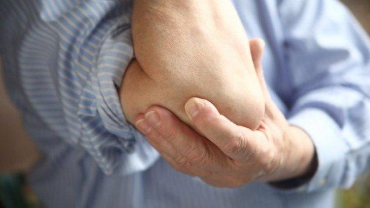 Особенно тщательно лечения требует гнойный бурсит локтевого сустава.