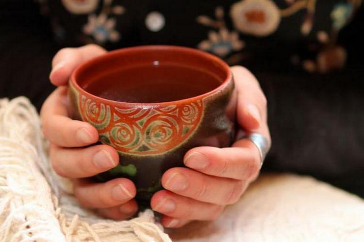 Бедренец камнеломка нашел широкое применение в лечении мочекаменной болезни.