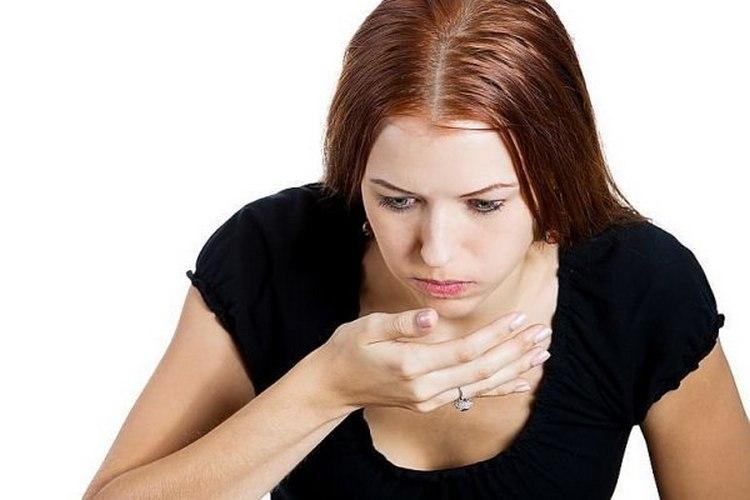 Передозировака блюдами и препаратами на основе этого растения может вызвать тошноту и вздутие.
