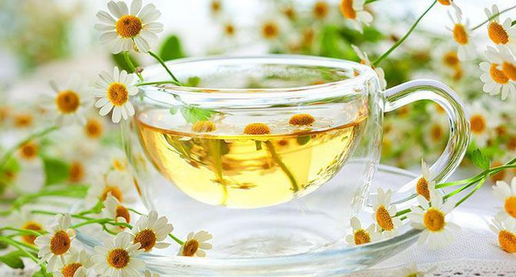 очень полезно будет также пить ромашковый чай.