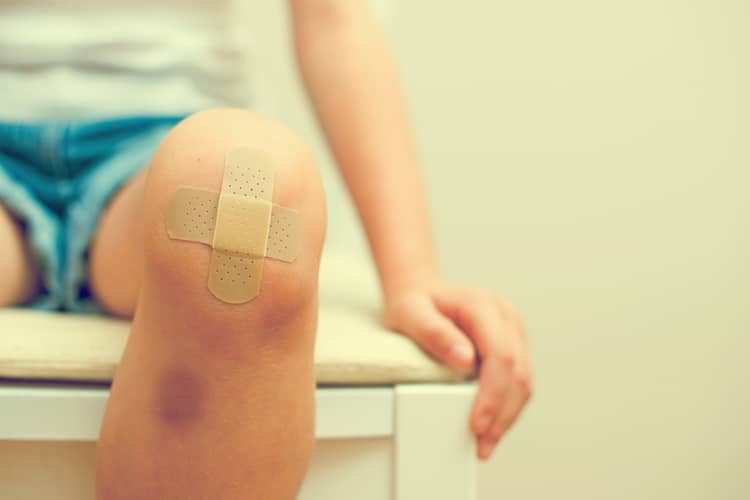 гематома на ноге лечение