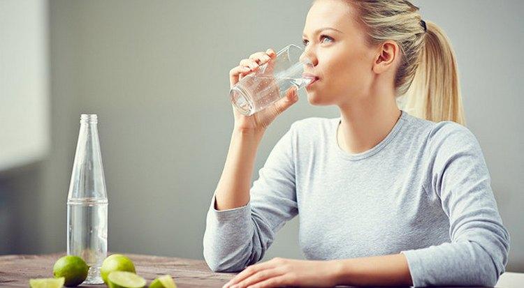 Очень важно также пить достаточное количество жидкости на подготовительном периоде.