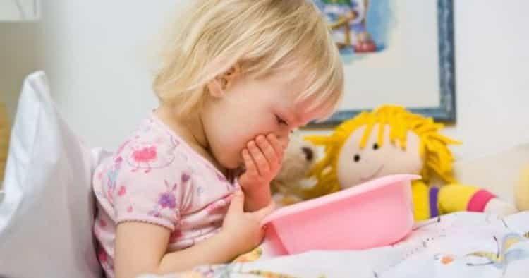Гастроэнтерит у детей: причины, симптомы и лечение народными средствами в домашних условиях