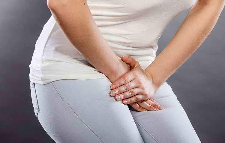 боль внизу живота в левом боку у женщины возможные причины