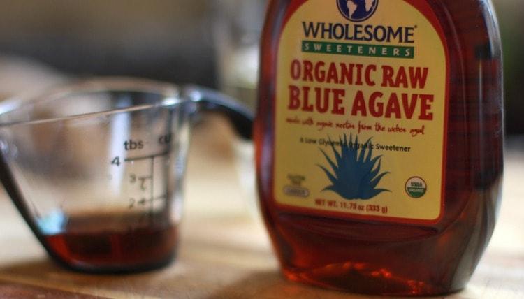 Большую пользу приносит и сироп агавы, но употребление его в слишком больших дозах может нанести организму вред.