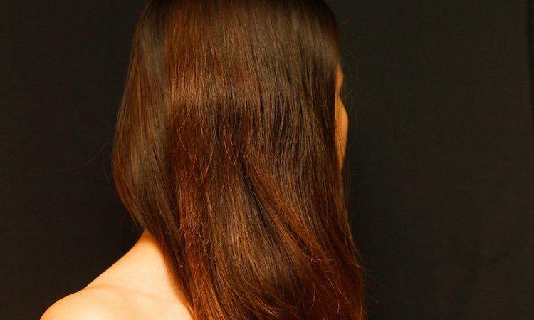 Полезно полоскать волосы отваром аниса.