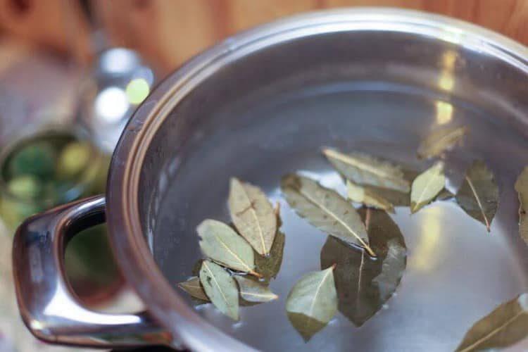 Как применять настой лаврового листа: польза и вред