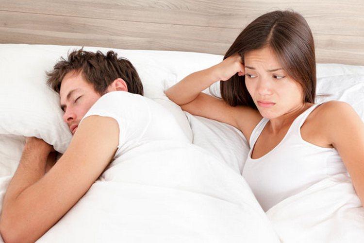 Подцепить такой недуг можно и от полового партнера.