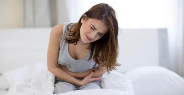 Есть ряд симптомов, свидетельствующих об отравлении препаратами на основе этого растения.