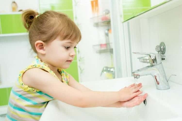 Все о причинах, симптомах и лечении остриц у детей
