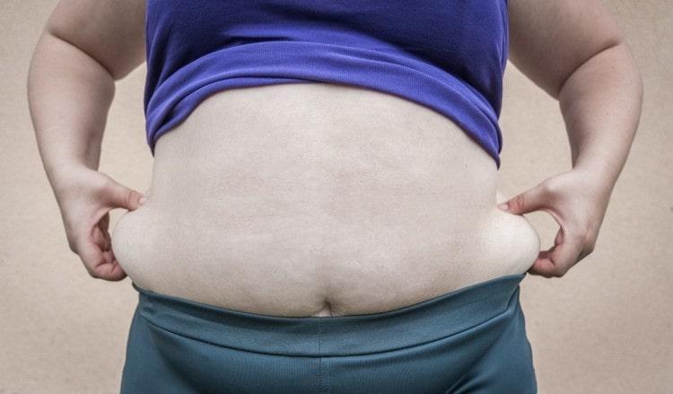 Спровоцировать заболевания селезенки может излишний вес.