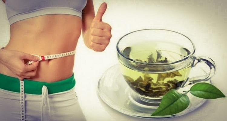 Очевидна и польза зеленого чая с молоком, а также с лимоном для похудения.